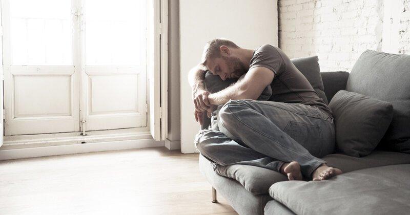 Откровенно странные занятия в одиночестве, которыми люди делятся в соцсетях