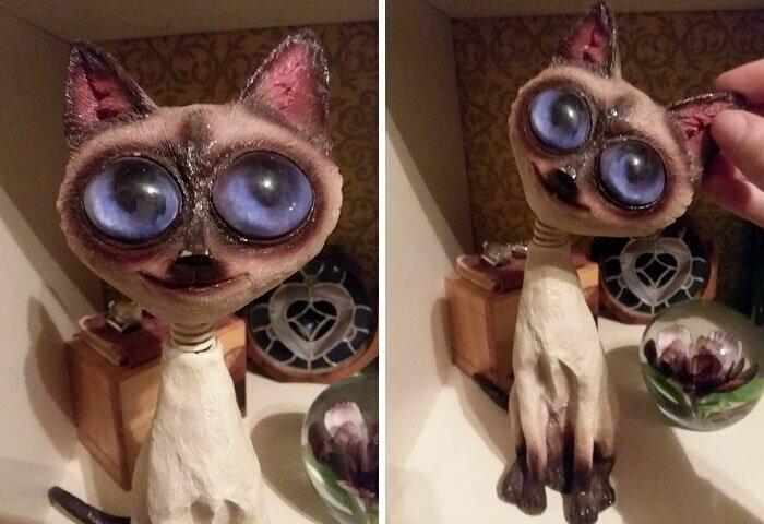 Кошачьих статуэток много, но такого домовенка можно найти только на блошином рынке