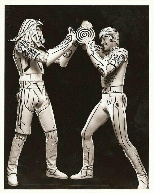 """""""Трон"""" (1982)"""