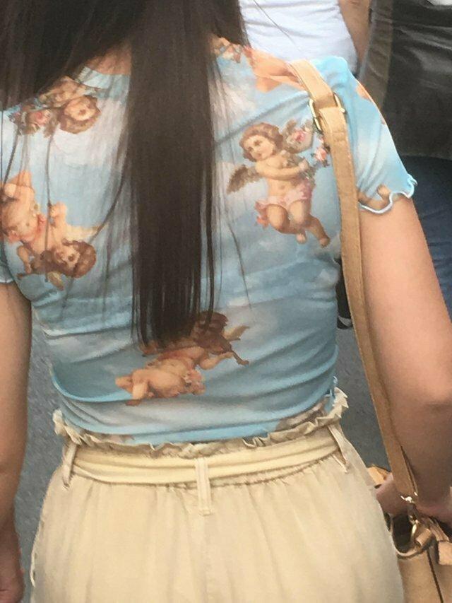 В этой блузке я выгляжу как ангел дизайн, мода, модники, одежда, смешно, странные вещи, юмор