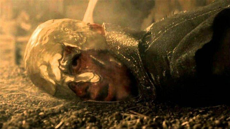Температура плавления золота 1 064°C и расплавить его в котелке на костре Кхалу Дорого никак бы не удалось игра престолов, кино, киноляпы, сериал, спойлеры, фанаты