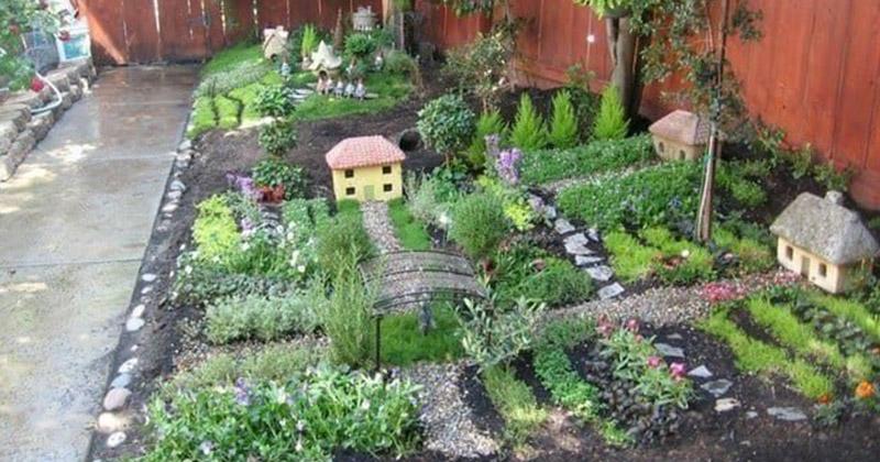 Обычные садовые фигурки кажутся пошлыми, хочется чего-нибудь оригинального? Соорудите в саду вот такую деревню лилипутов