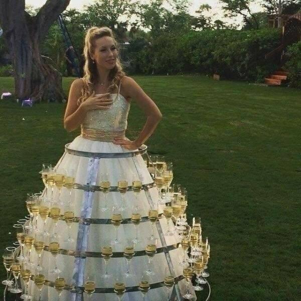 Платье + бухлишко =