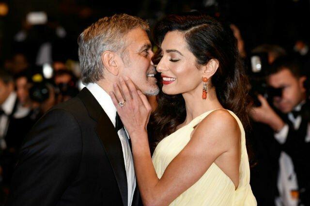 Джордж Клуни раздал друзьям по миллиону долларов в благодарность за поддержку актёры, голливуд, звёзды, кембербэтч, кино, уиллис, факты