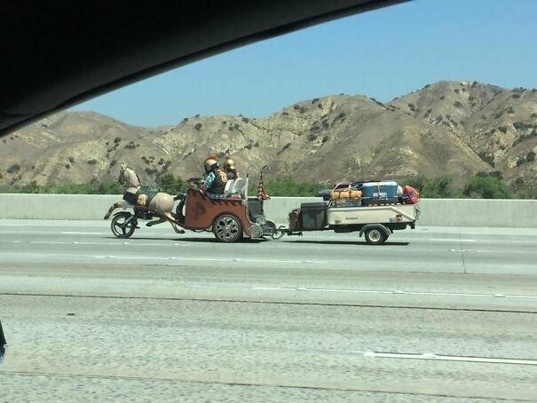 Идущие на смерть приветствуют тебя! автомобильное, водители, водители ада, дорожное, на дороге, необычные автомобили, странные автомобили, юмор