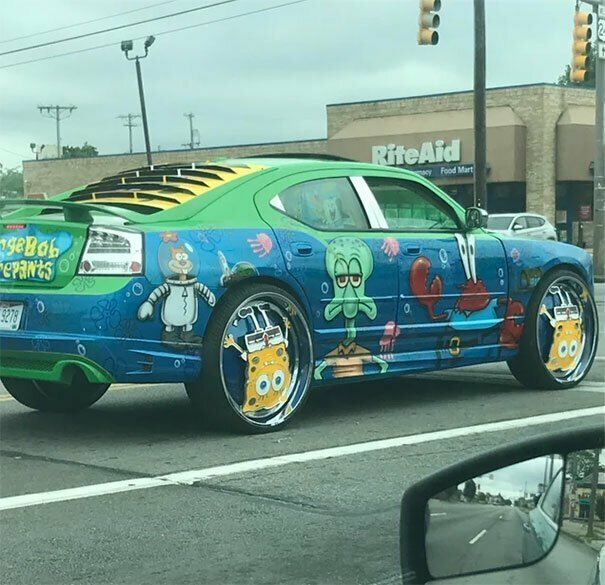 Машина с Губкой Бобом автомобильное, водители, водители ада, дорожное, на дороге, необычные автомобили, странные автомобили, юмор