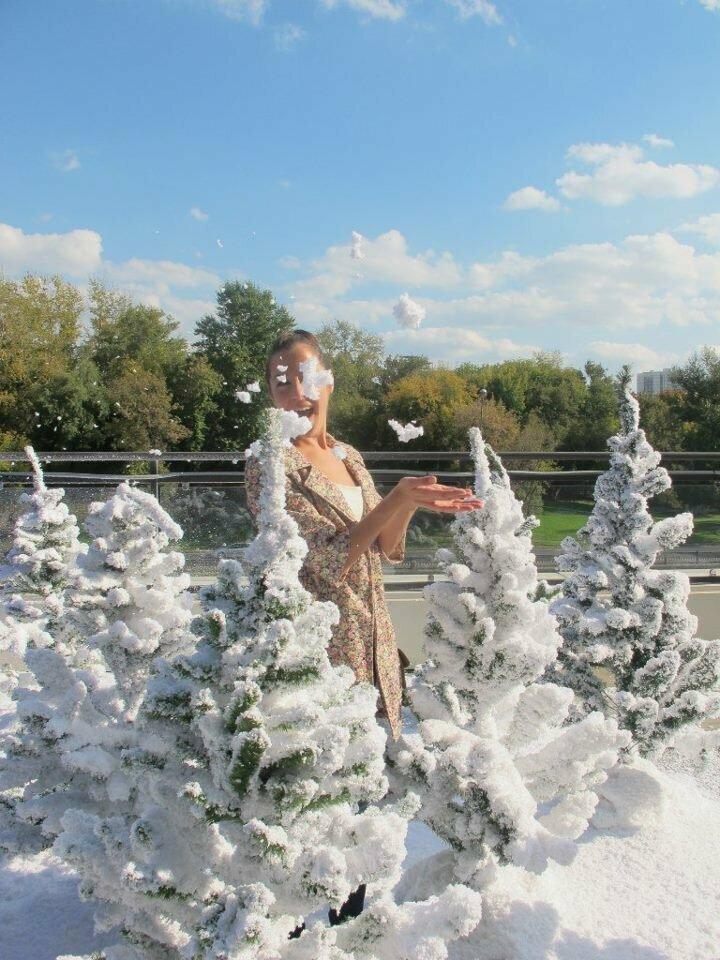 """""""Сфотографируй, как я красиво кидаю снежок!"""" кривыми руками, ракурс решает, сделай мне красиво, смешно, фото, юмор"""