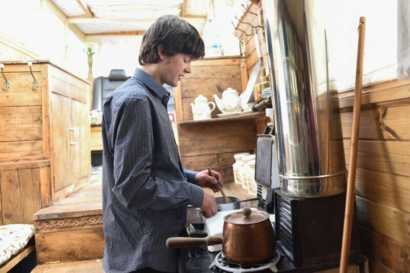 Кухня вторая жизнь, вторая жизнь вещей, летний домик, лодка, переделка, переделка дома, ремонт, своими руками