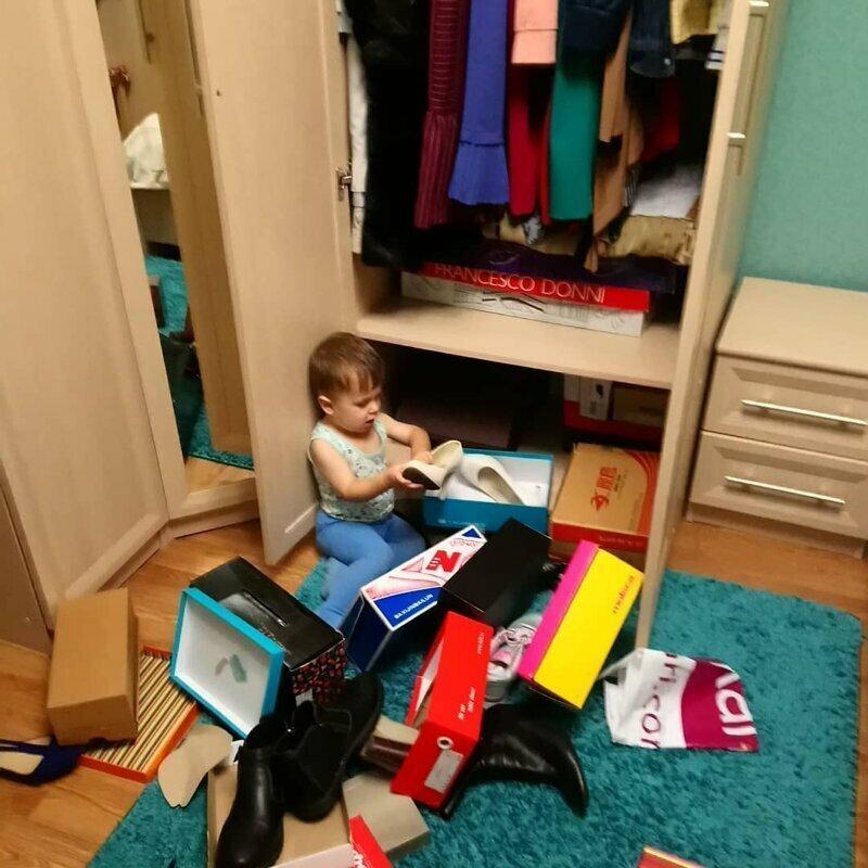 Маме пора менять гардероб 5 минут тишины, десять минут тишины, дети, нашкодил, отвернулся, прикол, родители и дети