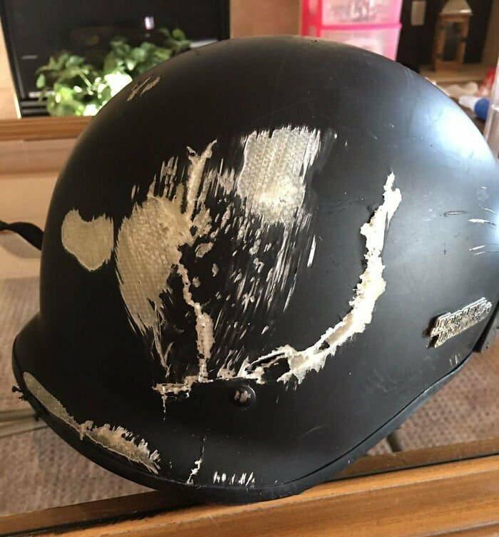 Пф, да зачем эти шлемы вообще нужны? Какой толк от них?