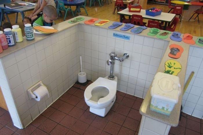 Контроль в детском садике ванная комната, дизайн, санузел, смешно, туалет, юмор