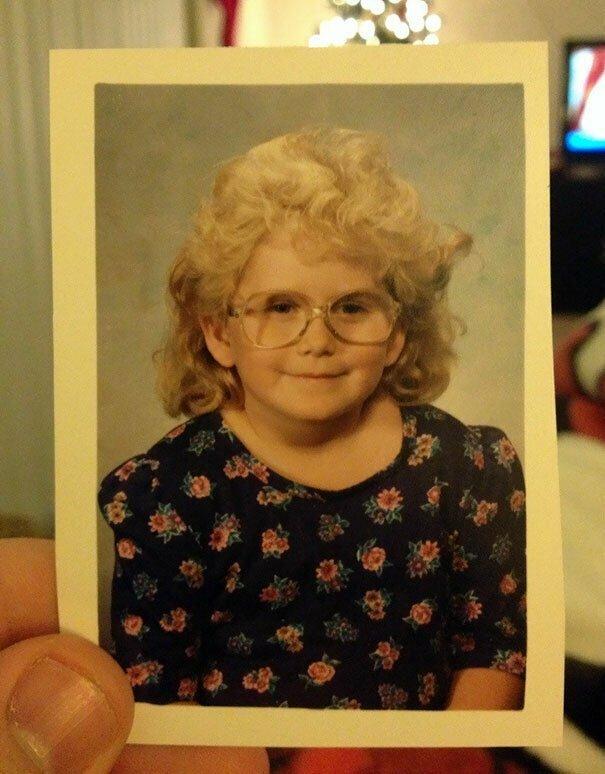 Этой милой даме лет шестьдесят, кажется взрослые дети, взрослые и дети, дети, детские фото, детские фотографии, маленькие дети, подражатели, смешно и неловко