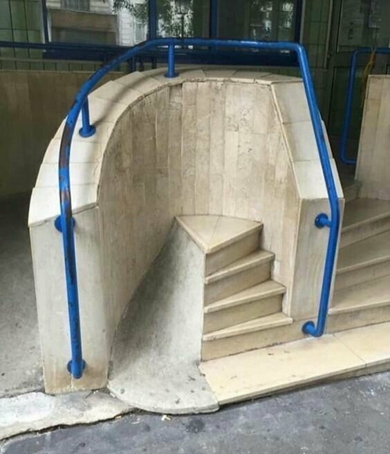 Лестницы в никуда от создателей Хогвартса лестницы, маразмы, ну кто так строит, рукожопы, стройка, фейл, хогвартс, юмор