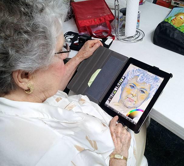 Написать автопортрет на планшете возраст, новые свершения, позитив, смех, старость. бабульки, юмор