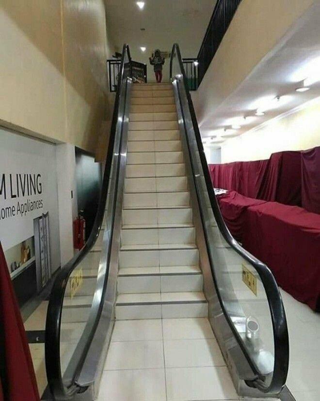 Что-то явно пошло не так gif, лестница, лестницы, подборка, прикол, эскалаторы