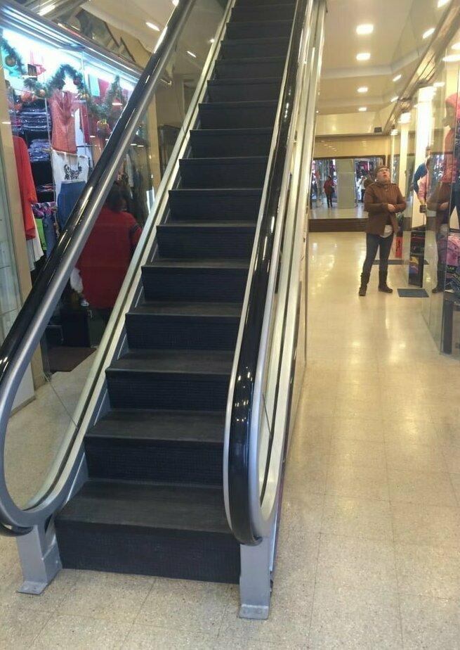 Лень и эскалаторы gif, лестница, лестницы, подборка, прикол, эскалаторы