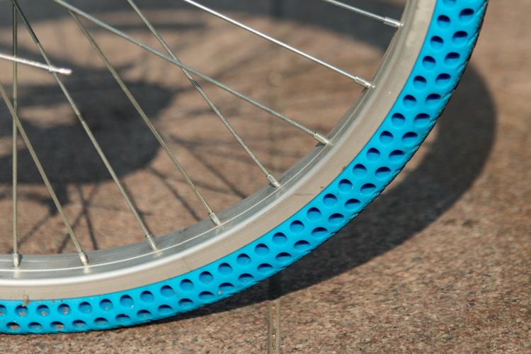 Безвоздушные шины, напечатанные на 3D-принтере, облегчают жизнь велосипедистам