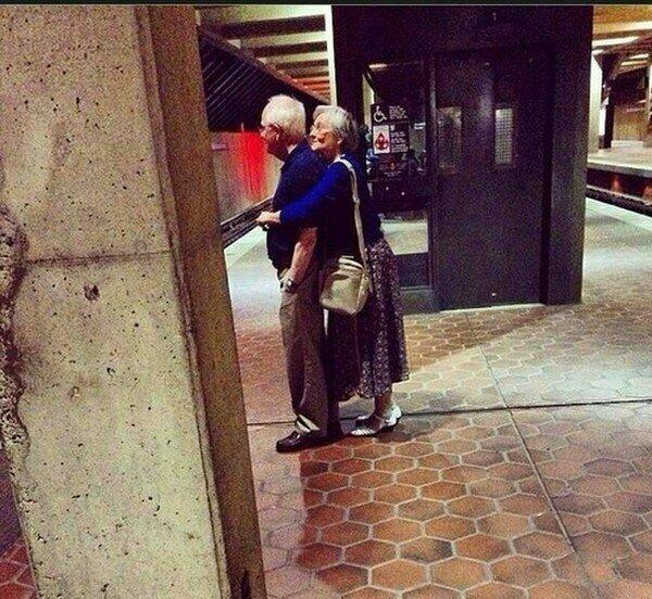 "Возраст еще не показатель ""взрослости"" бабушки, дедушки, пенсионеры, пенсия, прикол, старики, старость"