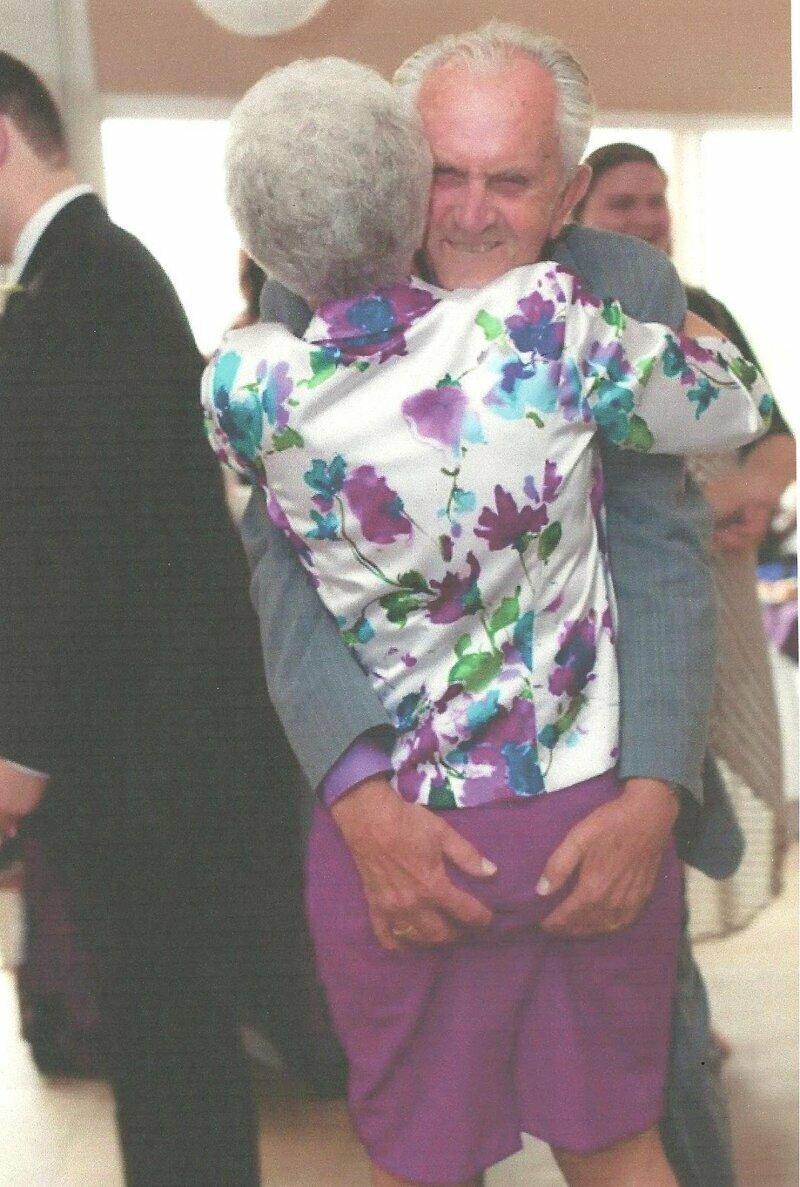 Так держать! ;) бабушки, дедушки, пенсионеры, пенсия, прикол, старики, старость