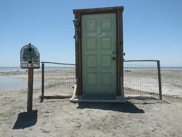 Дверь в лето вот это да, забавно, находки, неожиданности, пляжи, смешно, странные вещи, удивительное рядом