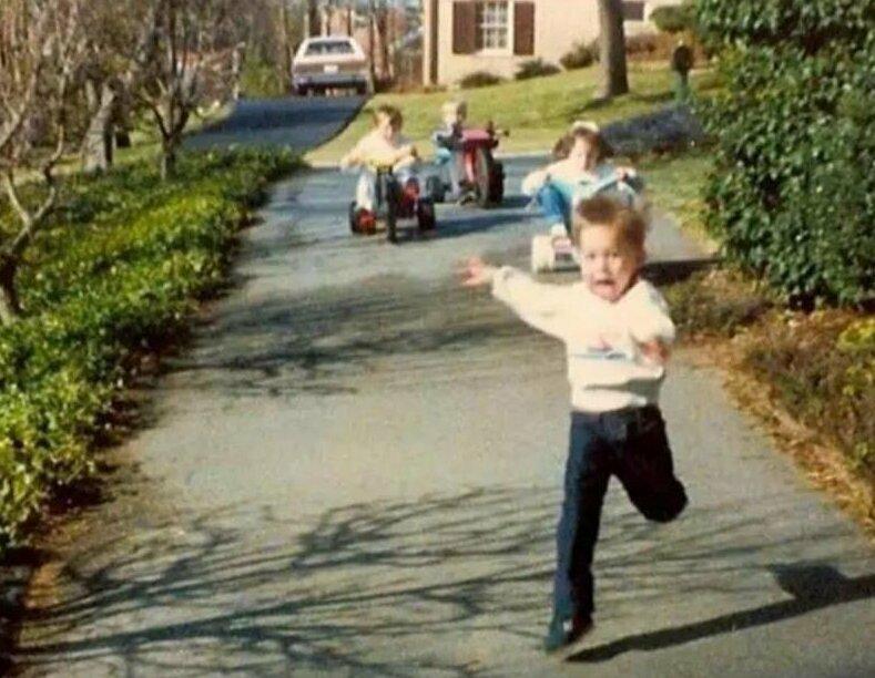 Но все равно это было весело братья и сестры, прикол, рос с сестрой, семья, фото, юмор