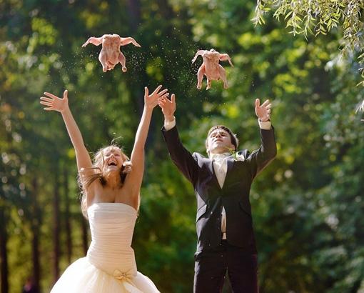 Заплатили - ощипали влюблённые, прикол, свадьба, юмор
