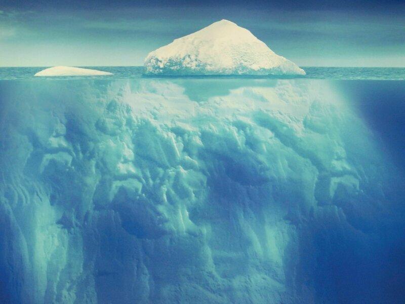 Сегодня разрабатываются проект по буксировке айсбергов и использования их воды для орошения засушливых территорий айсберг, интересное, лед, под водой, природа