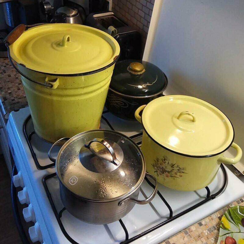 На кухнях страны instagram, горячая вода, отключение горячей воды, приколы, смешно, соцсети, фото