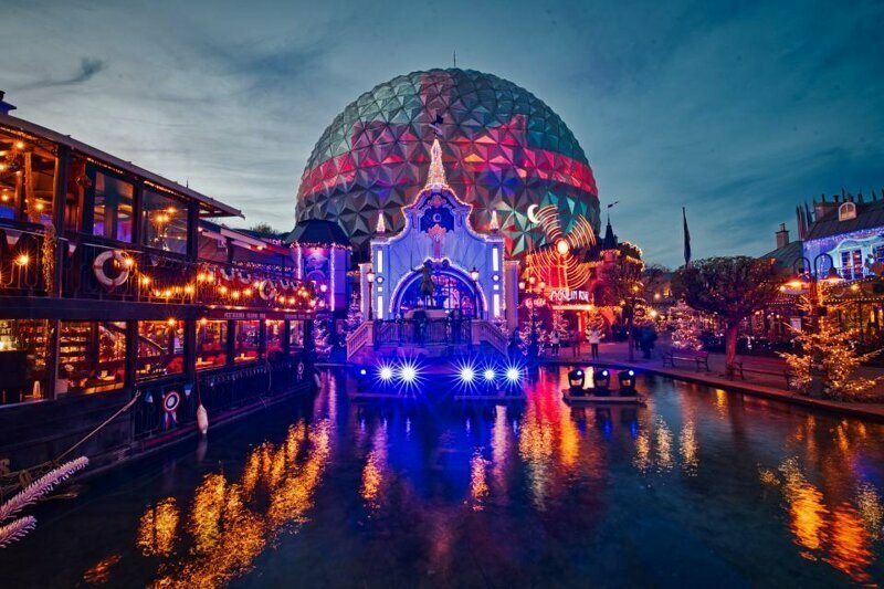 6. Europa-Park, Руст, Германия - 5,7 млн посетителей