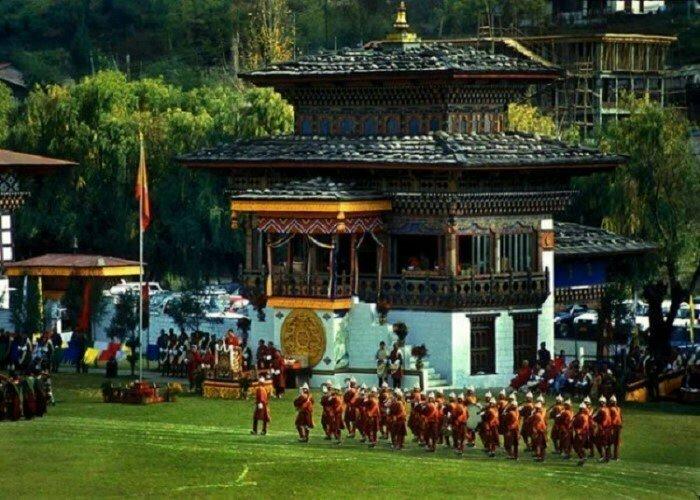 Никто достоверно не знает, сколько людей живет в Бутане. Последняя перепись населения датируется 1975 годом интересно, факты, фото