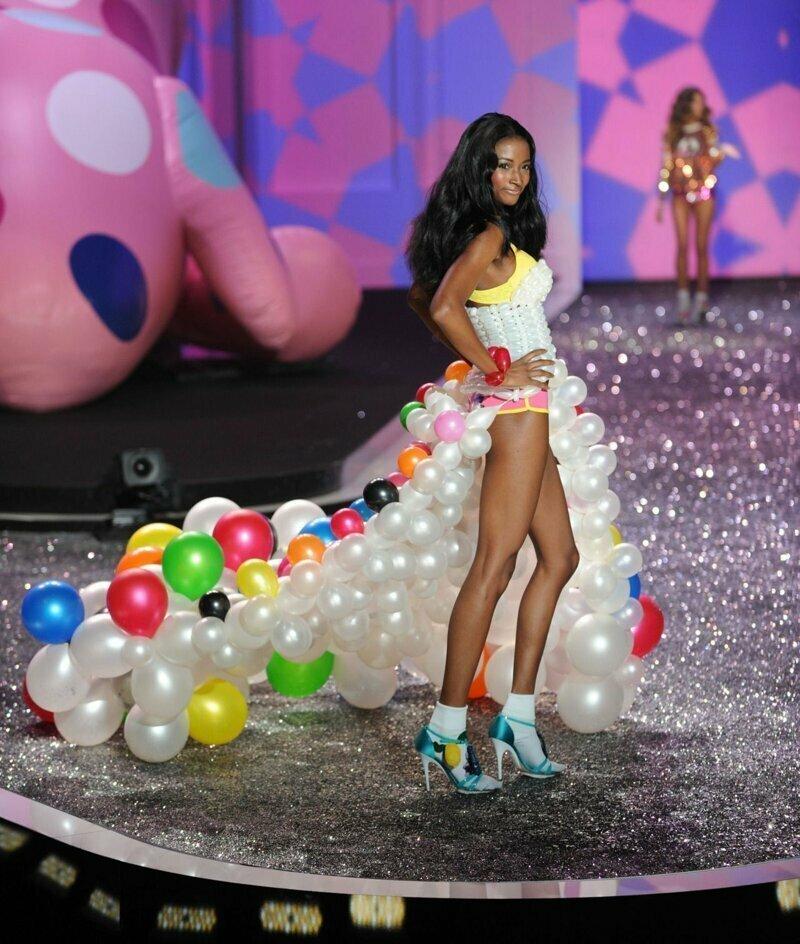 Самая модная юбка сезона воздушные шарики, карнавал, костюмы, крутость, смелость, смешно