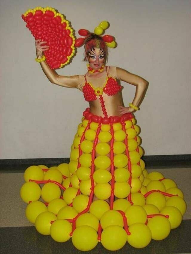 К пляжной вечеринке готова воздушные шарики, карнавал, костюмы, крутость, смелость, смешно