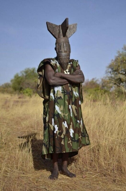 Вождь в Буркина-Фасо африка, национальные особенности, подборка, прикол, чёрный континент, юмор