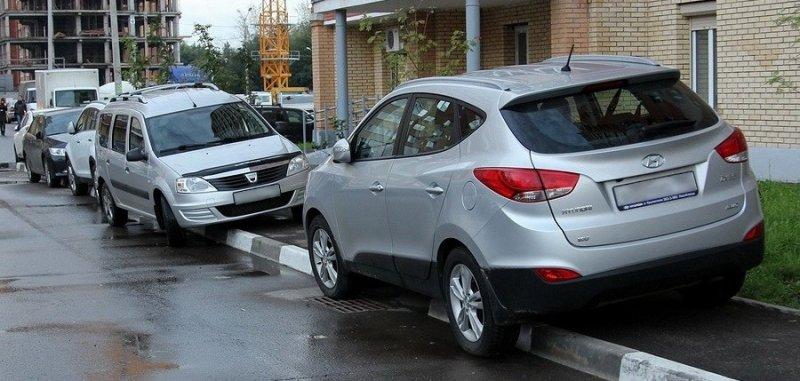 Самое место для парковки не стыдно, офигели, прикол, стыд потеряли, фото, юмор