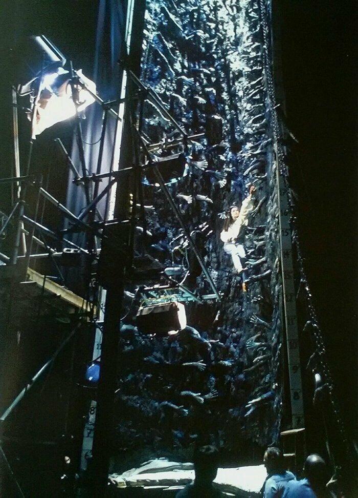 Лабиринт, 1986