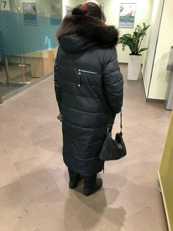 Китайские модельеры продолжают снабжать наших модников уникальными вещами