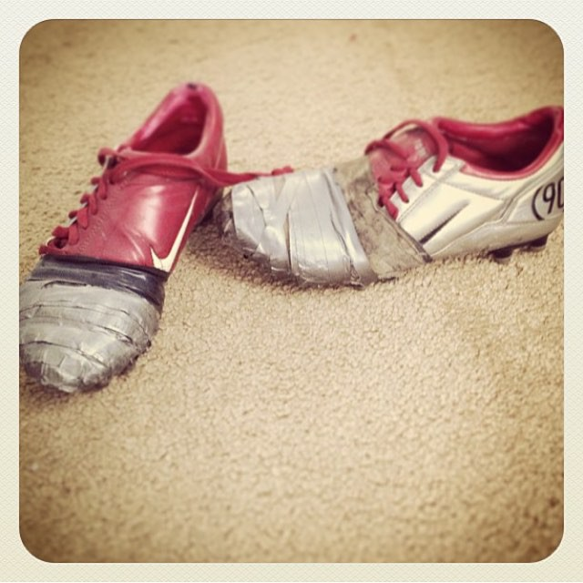 Для обуви - самое то лента, починил, прикол, ремонт, рукожоп, скотч, юмор