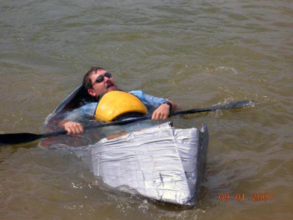 Надежный материал для мореплавателей лента, починил, прикол, ремонт, рукожоп, скотч, юмор