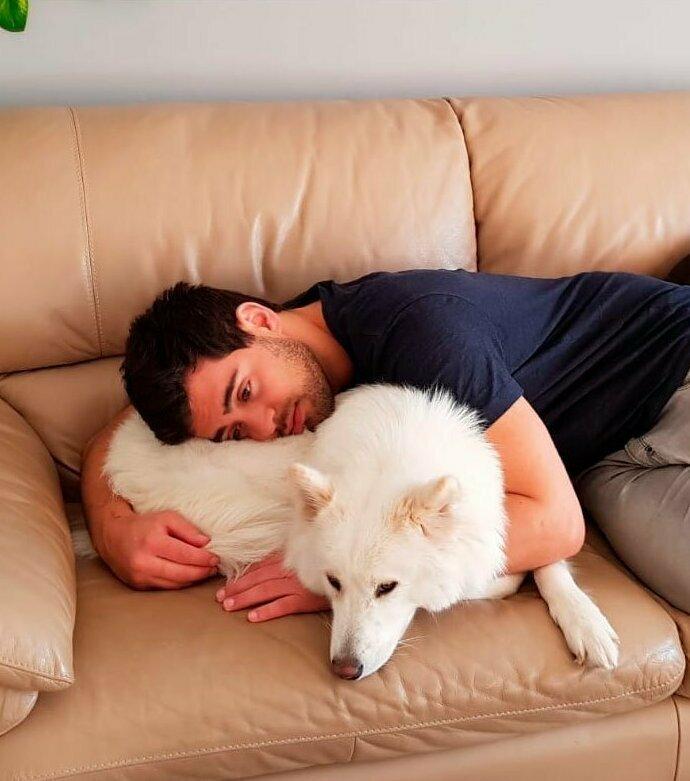 """""""Это мой бойфренд. И это первая собака в его жизни"""""""