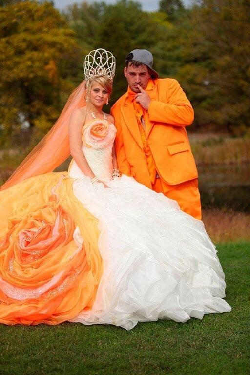 Этот костюм меня оранжевит