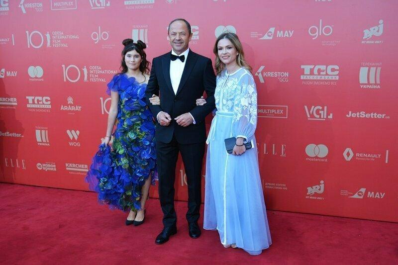 Гости кинофестиваля в Одессе позабавили публику своими нарядами