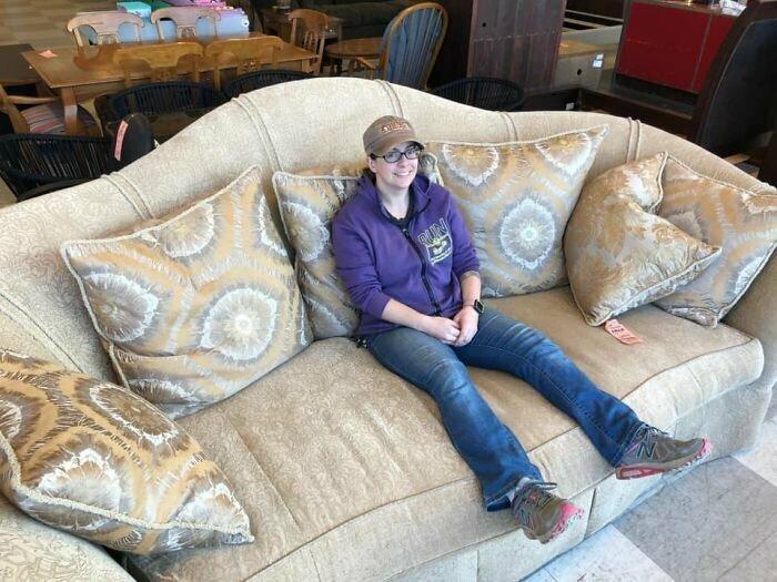 """""""Мы не забрали этот диван домой, потому что не нашлось товарного <span class="""