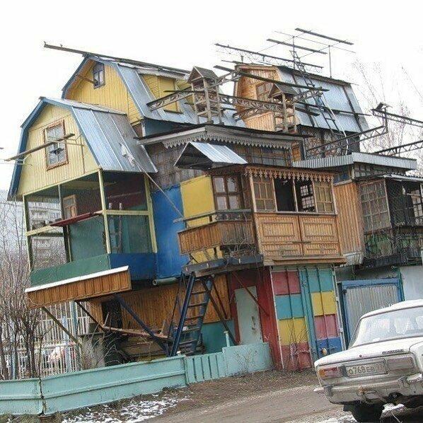 Это когда ты захотел в свой дом впихнуть все, что нашел в округе за долгие годы