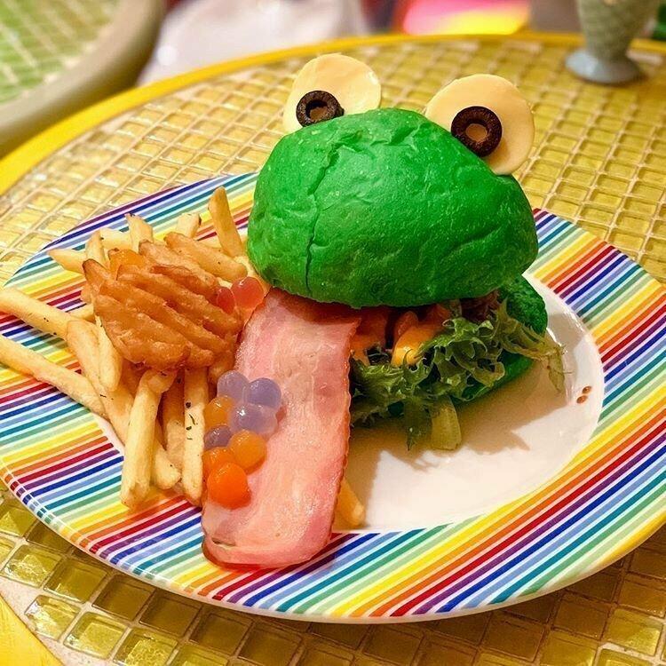 """Бургер """"Лягушка"""" жизнь, подборка, странность, фотография, фотомир, явление, япония"""