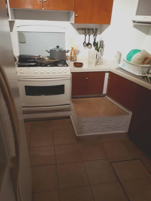 Это не лишняя плита...
