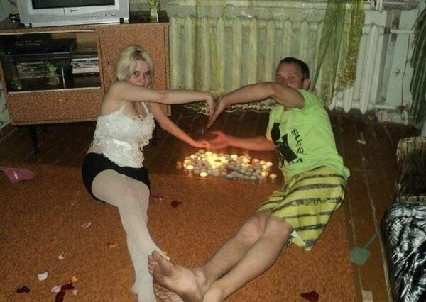 Счастливые отношения - это те, в которых спустя годы есть место романтике