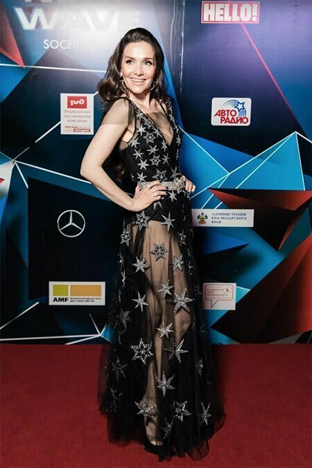 Наталья Орейро в прозрачном платье