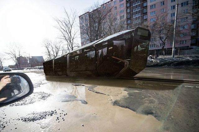 Стремимся в будущее на этом трамвае
