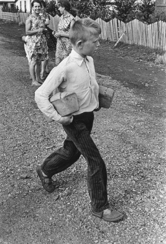 Кто в советских селах съедал по пять буханок хлеба в день