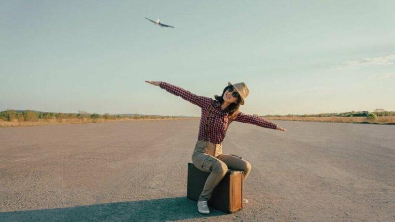 """""""В зависимости от авиакомпании, мы иногда можем летать бесплатно. Есть такая льгота, правда, не у всех авиакомпаний. Другие предоставляют бортпроводникам скидки"""""""